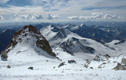 Berglandskap på den Aconcagua toppmötet Royaltyfri Fotografi
