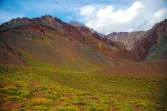 Berglandskap på den Aconcagua toppmötet Royaltyfri Bild