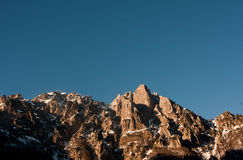 Bergliggande Arkivfoton