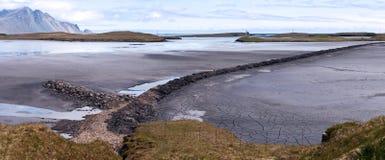 Bergliggande, southeast av Island arkivfoton