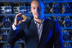 Bergmann bitcoin cryptocurrency Stockfotografie