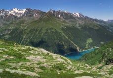 Bergmeer Lago Agola in de Alpen, Italië royalty-vrije stock fotografie