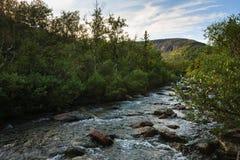 Bergmeer in landschap van polair gebied Royalty-vrije Stock Afbeelding