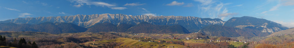Bergpanoarama - Rumänien Lizenzfreies Stockbild