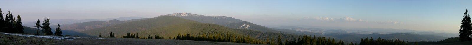 bergpanorama Arkivbilder