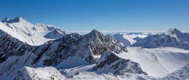 Bergpanorama in den Stubai-Alpen Lizenzfreie Stockfotos