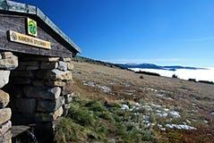 Bergpanorama från den Kamenna studankaen i Krkonose Royaltyfri Fotografi