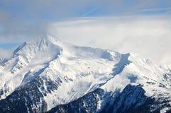 Bergpiek i Zillertal, Österrike Arkivbilder