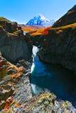 Bergpiek, waterval Royalty-vrije Stock Fotografie