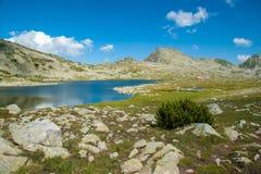 BergPirin Tevno landskap för sjö Royaltyfri Bild