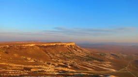 Bergplatå i öken Royaltyfria Foton