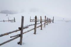 Bergranch i vinter Fotografering för Bildbyråer