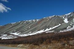 bergregnbåge Arkivbild