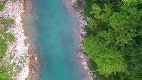 Bergs flodkanjon arkivfilmer