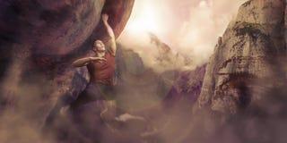 Bergsbestigare som hänger på en klippa på ett berg arkivfoton