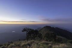 Bergsbestigningmorgon Fotografering för Bildbyråer