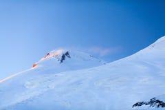 Bergschöne Elbrus-Landschaft Russland Stockfotografie