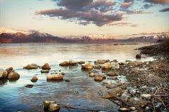 Bergsikt av Utah sjön Fotografering för Bildbyråer