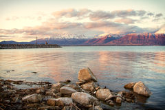 Bergsikt av Utah sjön Arkivbild