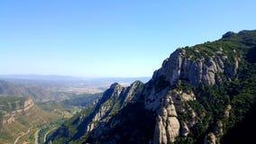 Bergsikter från Montserrat, Spanien arkivbilder