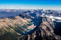 Bergskedjasikt från Mt-templet, Banff NP, Alberta, Kanada Arkivbild