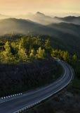 Bergskedjor och soluppgång, Doi Inthanon nationalpark, Chiang Mai Fotografering för Bildbyråer