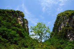 bergsky för blå green Royaltyfri Bild