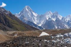 Bergspitze Gasherbrum IV, K2trek lizenzfreies stockbild