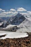 Bergspitzen in Pamir Stockfotografie