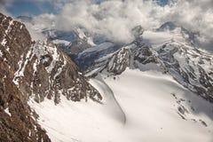 Bergspitzen, Schnee und Gletscher nahe Kaprun - Zell morgens sehen, Österreich Lizenzfreies Stockfoto