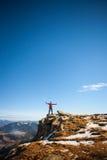 Bergsteiger auf die Oberseite Stockbild