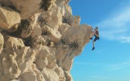 Bergsteiger des jungen Mannes vektor abbildung
