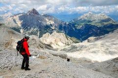 Bergsteiger ein über ferrata Stockfoto
