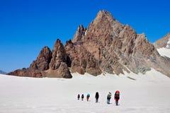 Bergsteiger im Berg Stockfoto