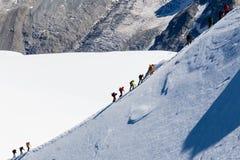 Bergsteiger in Mont Blanc Stockfotos