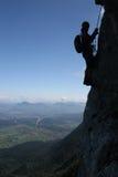 Bergsteigerschattenbild Lizenzfreie Stockbilder