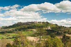 Bergstoppstad, Tuscany Fotografering för Bildbyråer