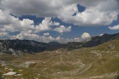 Bergväg Durmitor Arkivbilder