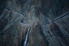 Bergväg Himalaya arkivfoto
