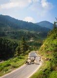 Bergväg i nordliga Vietnam Royaltyfri Bild