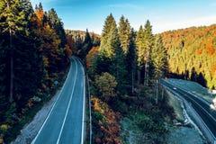 Bergväg mellan Sarajevo och Tuzla Arkivbild