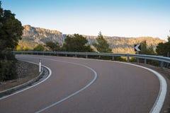 Bergväg på ön av Sardinia Royaltyfria Bilder