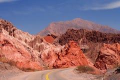 Bergväg till Cafayate arkivfoto