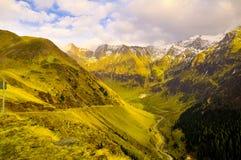 Bergväg, Transfagarasan, Rumänien Royaltyfri Bild