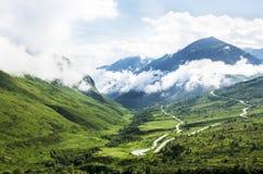 Bergvägsikt Royaltyfria Foton