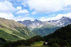 Bergvärld i Schweitz Arkivfoto