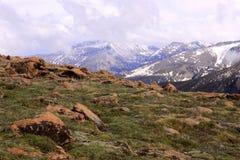 Bergveiw im frühen Frühling Stockfoto
