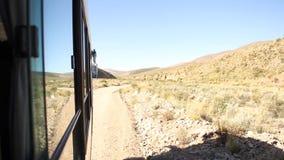 Bergweg aan Iruya stock videobeelden