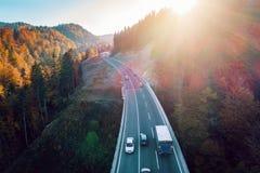 Bergweg tussen Sarajevo en Tuzla Stock Fotografie