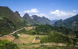 Bergweg in Vietnam Stock Foto's